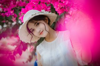 微笑的清纯美女图片