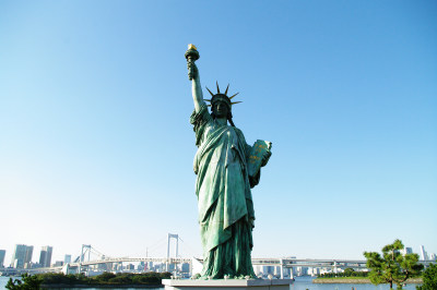 台场海滨公园的自由女神像雕塑