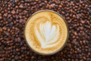 拿铁咖啡、咖啡、饮料