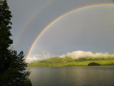 双、彩虹、雷暴