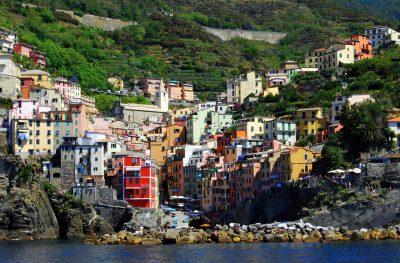 五渔村、房子、颜色