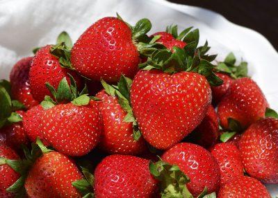 草莓、水果、新鲜