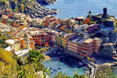 五渔村、Vernazza、村