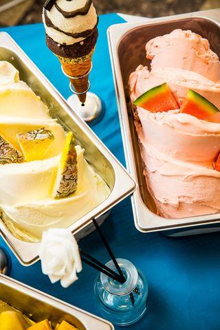 冰淇淋、菠萝、西瓜