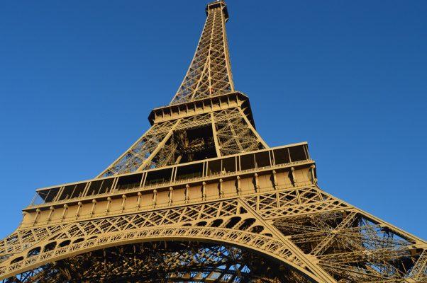 埃菲尔铁塔、巴黎
