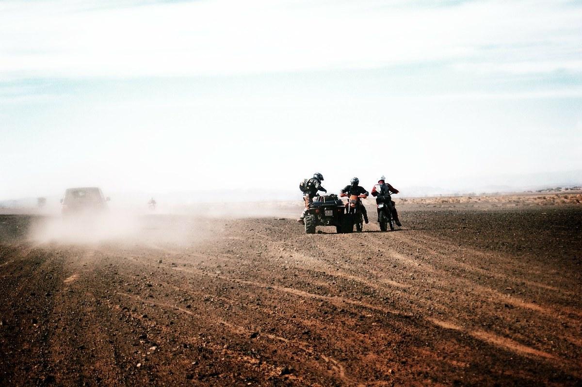 摩托车、摩托车越野赛、摩托车、、自行车