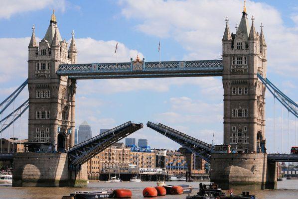 塔桥、桥、开幕