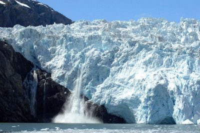 冰川产犊、冰、水