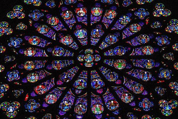 玻璃窗口、花环、教会窗口